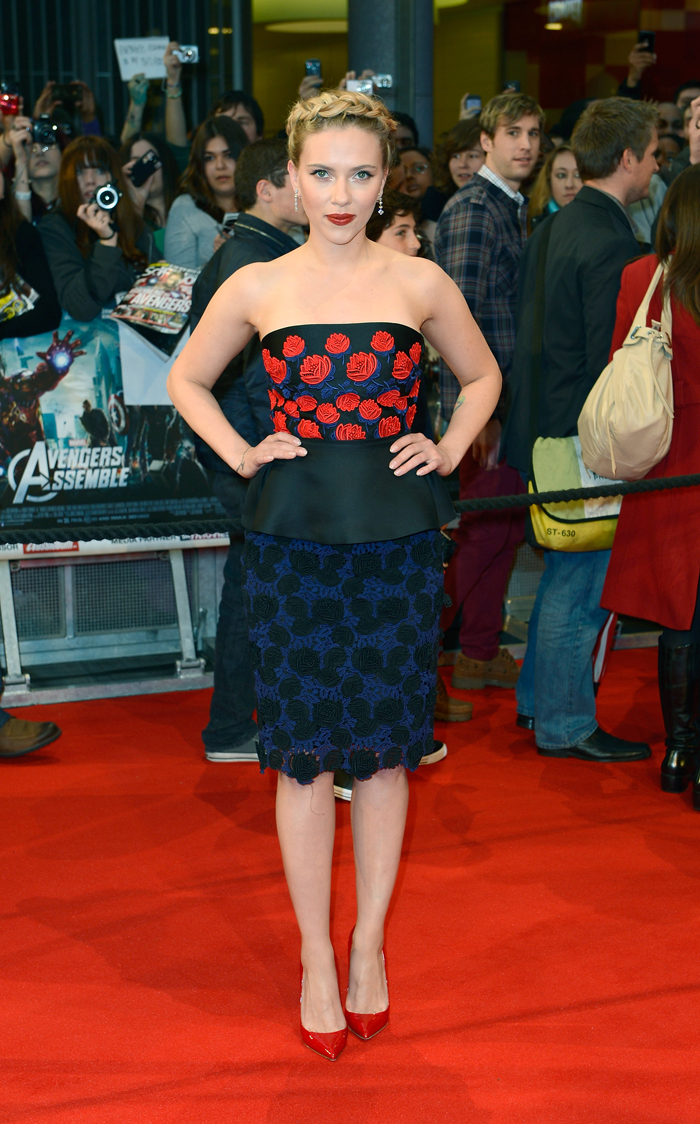 Scarlett Johansson e elenco participam da première de Os ...