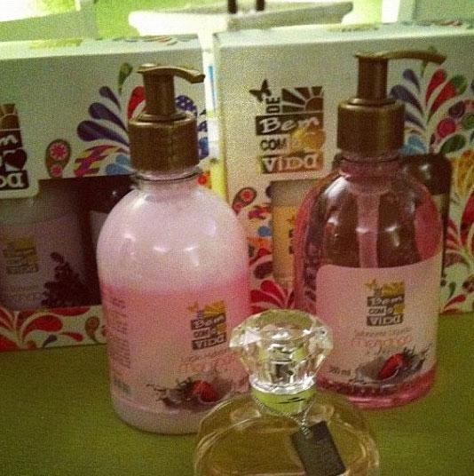 Perfume Kouros Bom Yahoo: Dani Nurse Blog: Bispa Sônia Hernandez Lança Perfume Com Cheiro De Jesus