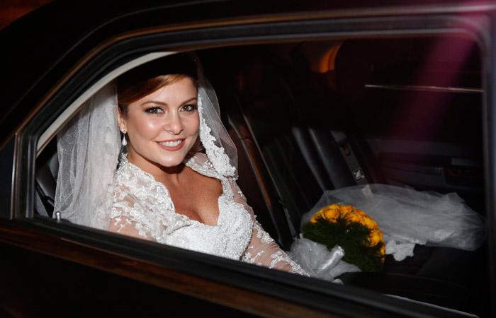 Bárbara Borges se casa com empresário, no Rio