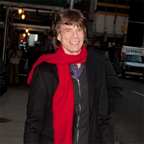 Mecha de cabelo de Mick Jagger é vendida por mais de R$ 13 mil
