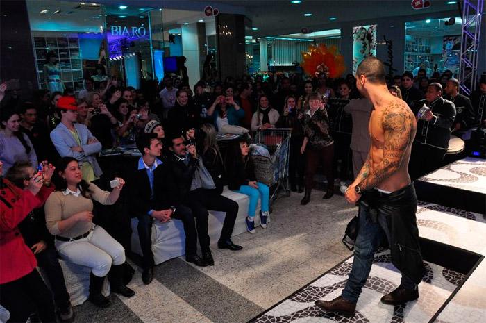 Felipe Titto, o mordomo tatuado de Amor à Vida, arranca suspiros em