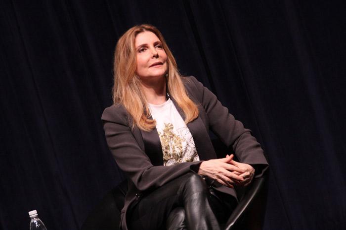 Cheia de estilo, Maria Padilha participa de projeto cultural