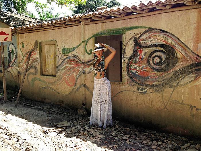 Beyoncé dá uma de turista em Trancoso; Confira fotos