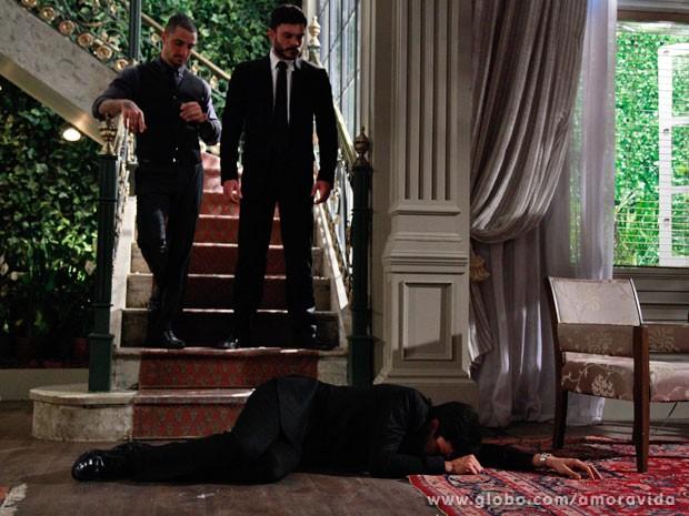 Amor à Vida: Félix é expulso da mansão por 'mamy poderosa'