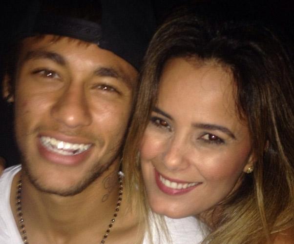 """Luciele Di Camargo se declara para Neymar: """"Felicidade sem igual"""""""