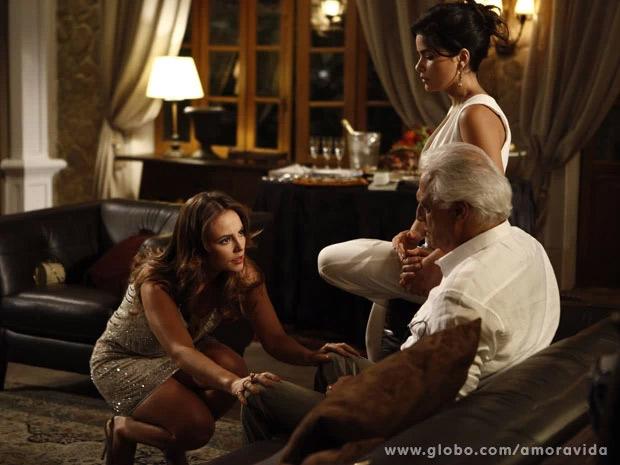 Amor à Vida: Paloma acusa Aline de roubo na cara de César
