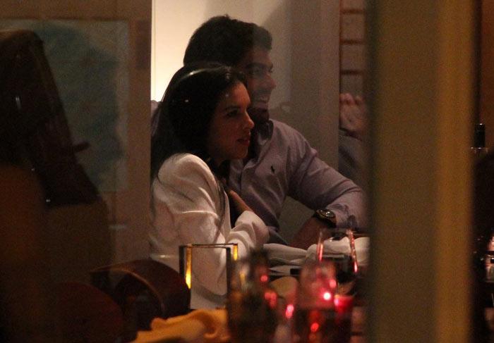 Mariana Rios e o namorado