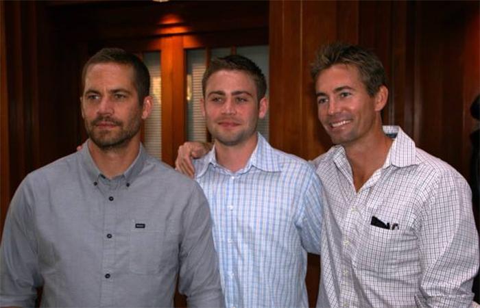 Irmãos de Paul Walker são chamados para dar continuidade às cenas de Velozes e Furiosos 7