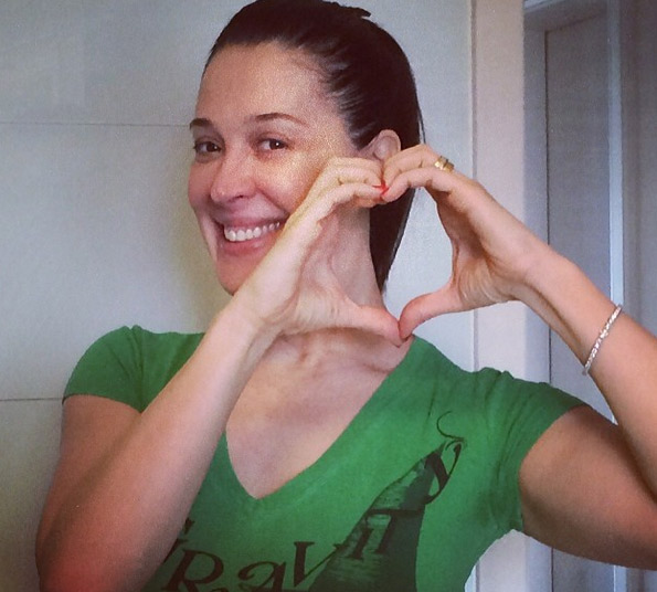 Claudia Raia é a favor das campanhas de doação de sangue