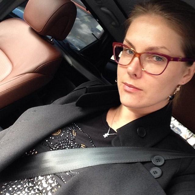 Ana Hickmann volta ao trabalho