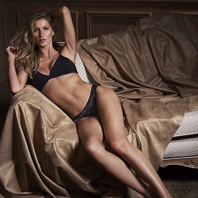 Gisele Bündchen posa sensual para nova linha de lingeries
