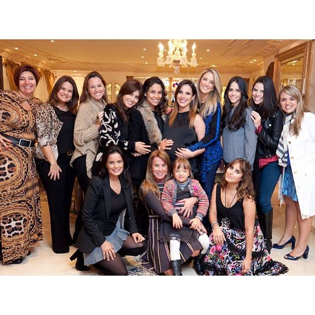 Wanessa Camargo celebra segunda gravidez com Chá de Fraldas
