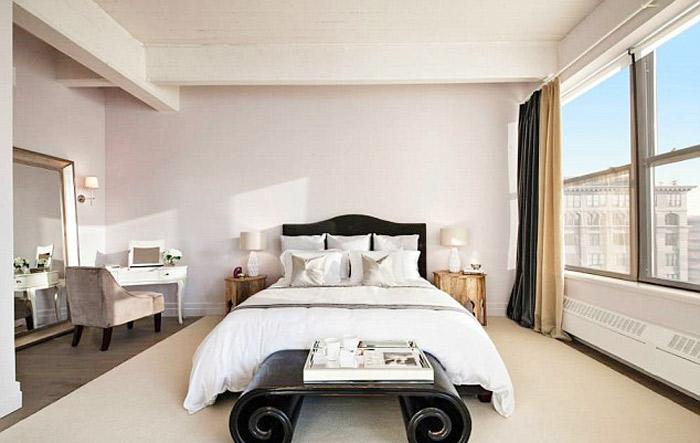 Anne Hathaway coloca apartamento à venda