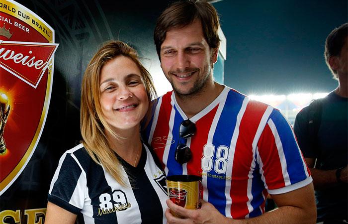 JU Vladimir Brichta e Adriana Esteves  prestigiam camarote da cervejaria Budwiser, no estádio do Maracanã