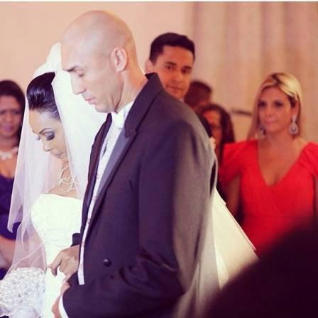 Carla Perez e Xandy são padrinhos de casamento de Rosiane Pinheiro