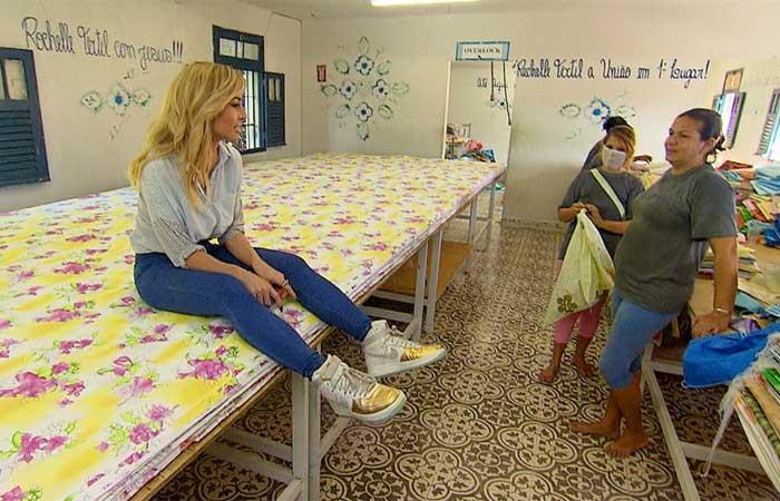 Sabrina Sato visita penitenciária de segurança máxima