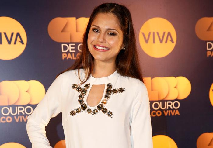 Andréa Santa Rosa