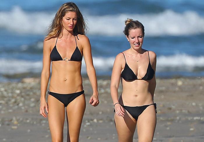 De biquíni, Gisele Bündchen e a irmã Rafaela mostram a boa forma em praia na Costa Rica