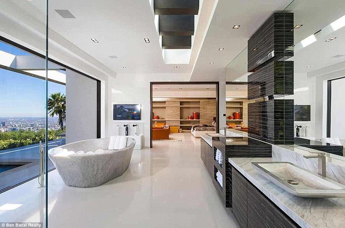 Jay-Z e Beyoncé cobiçam uma mansão de R$ 220 milhões. Veja fotos!