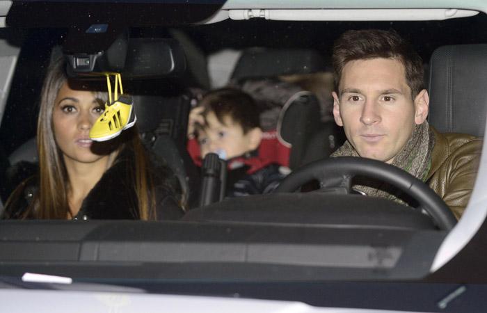 Neymar marca presença em aniversário do filho de Shakira