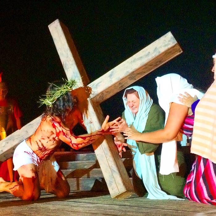 Júlio Rocha participa da peça Paixão e Morte de um Homem Livre