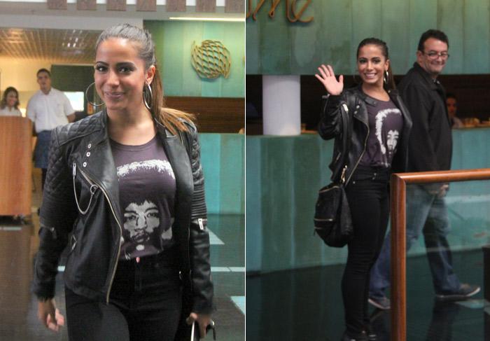 Anitta esbanja simpatia em passeio por shopping no Rio