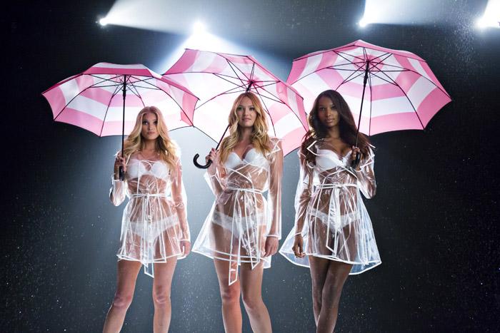 Candice Swanepoel e outras angels fazem ensaio sensual para a Victoria's Secret