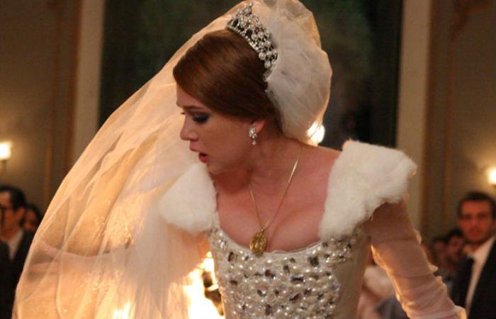 Lembre os casamentos que não deram certo com personagens de Marina Ruy Barbosa na TV