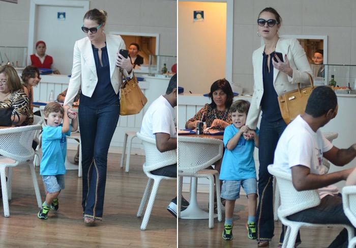 Letícia Birkheuer aposta em look estiloso para passear com o filho em shopping carioca