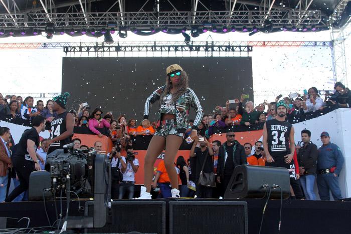 MC Ludmilla e mais cantores animam o 1º de maio em São Paulo