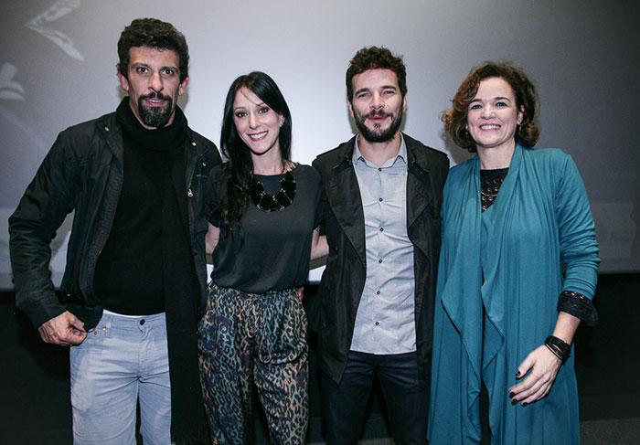 Milhem Cortaz, Carol Abras, Daniel de Oliveira e Sandra Corveloni no lançamento de Sangue Azul