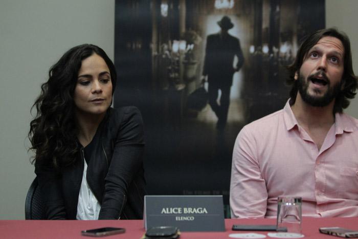 Vladimir Brichta e Alice Braga apresentam seu novo filme