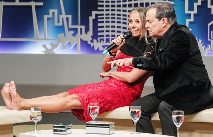 Ronnie Von recebe casais famosos no Todo Seu