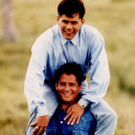 Leonardo relembra o irmão Leandro: '17 anos de saudade'