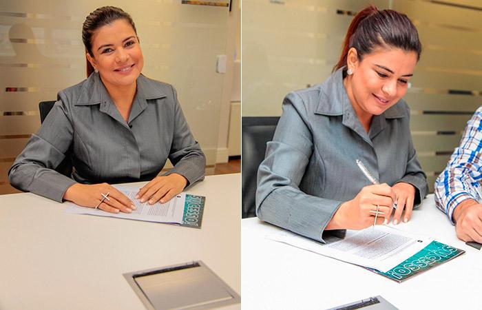 Mara Maravilha assina contrato com gravadora