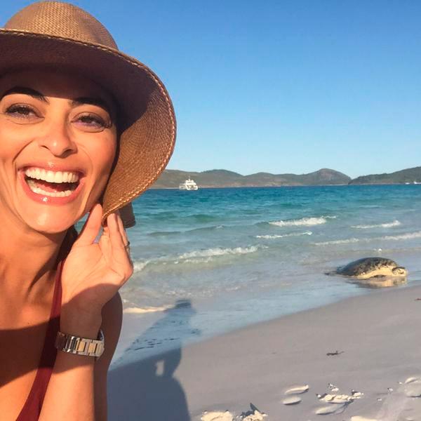 Juliana Paes faz pose em praia da Austrália: 'Sereias'