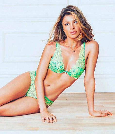 Grazi exibe corpão em campanha de lingerie: 'Cracuda linda'