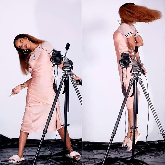 Rihanna faz ensaio fotográfico polêmico