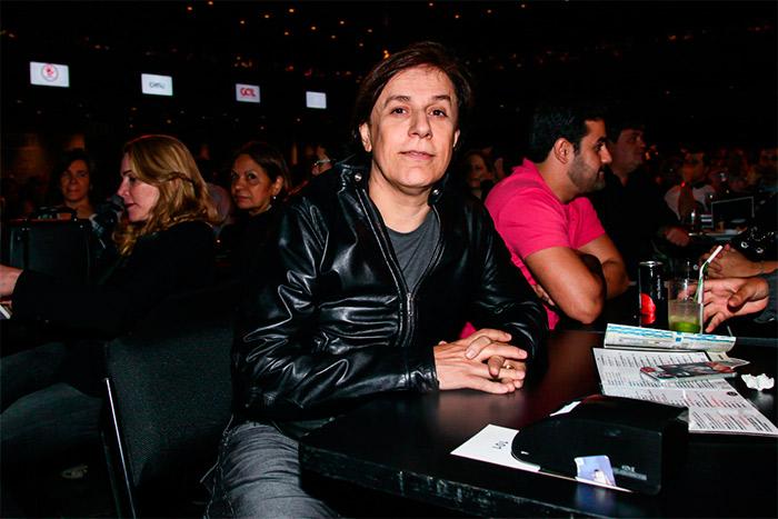 Tom Cavalcante prestigia cantor Fagner em show