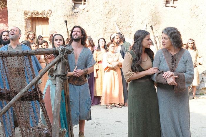 Os Dez Mandamentos: Hebreus se impressionam com 7ª praga