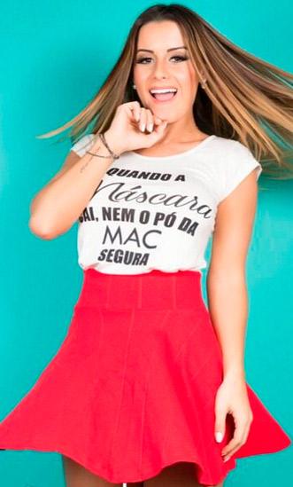 Aricia Silva assina linha de roupas