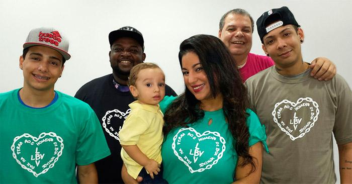 Desirée Oliveira aproveita campanha para desafiar JP Rufino