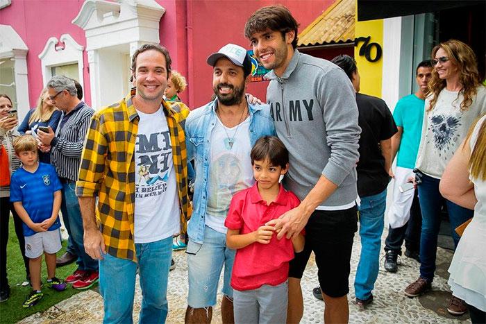 Kaká, Caio Ribeiro e Marco Luque se reúnem em evento infantil