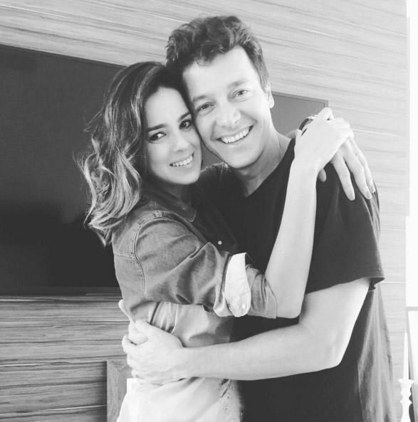 Rodrigo Faro faz aniversário e recebe declaração da esposa