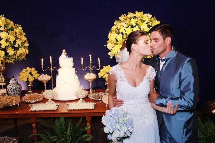 Ex-BBBs Franciele Almeida e Diego Grossi se casam no Rio