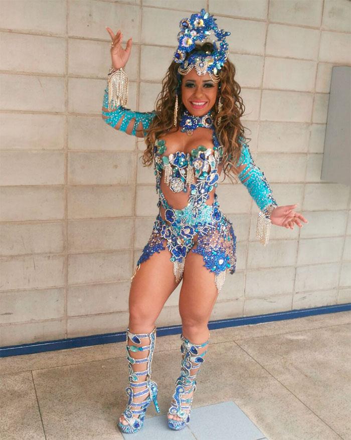 Raissa Oliveira, Rainha da Beija-Flor, brilha em vinheta