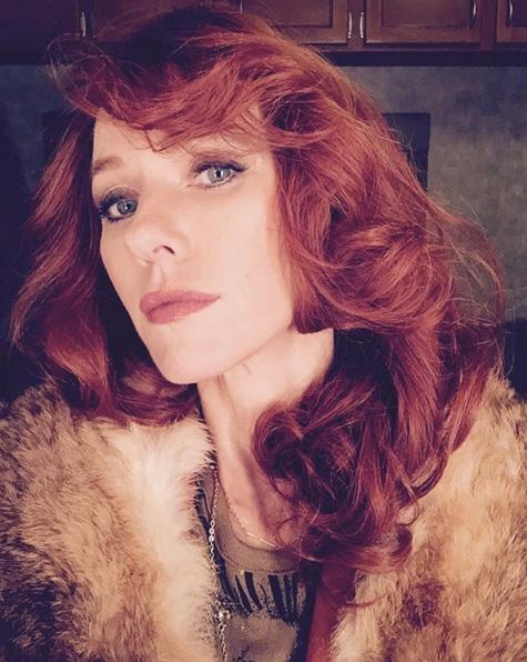 Naomi Watts muda o visual para novo filme