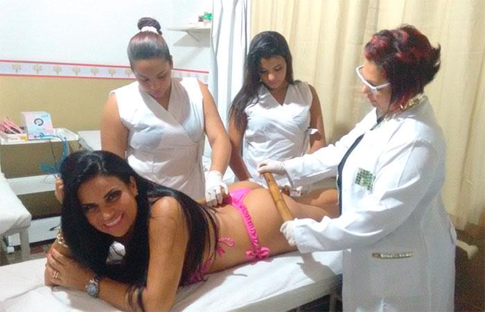 Solange Gomes: 'Gosto de estar bem na hora de mandar nudes'