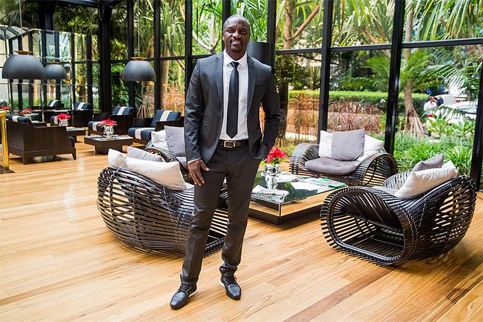 Akon desembarca no Brasil para iniciativa ambiental