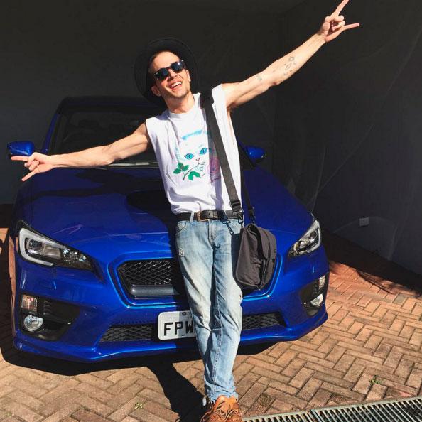 Fiuk ostenta novo carro milionário: 'Meu novo filhote'